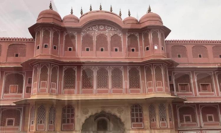 Cung điện 300 năm tuổi của hoàng gia Ấn Độ
