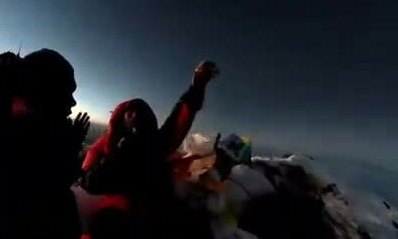 Du khách Việt chinh phục đỉnh Everest