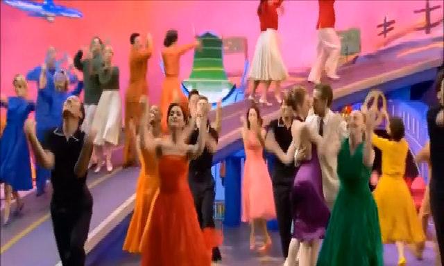 Váy áo thập niên 1960 đầy cảm xúc trong 'La La Land'