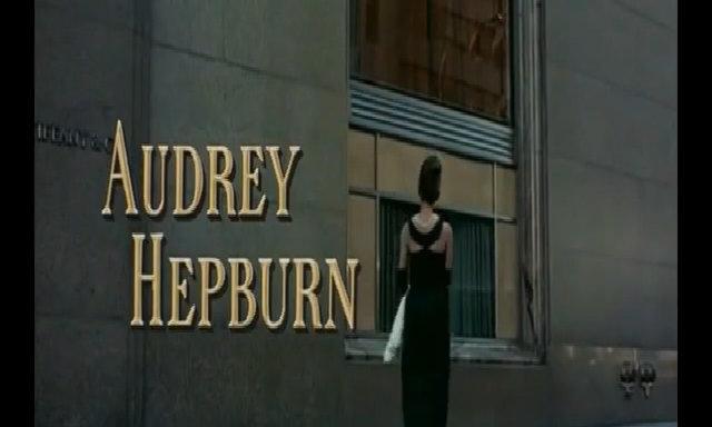 Váy của Audrey Hepburn