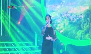 Hoà Minzy hóa thân thành NSND Thanh Hoa