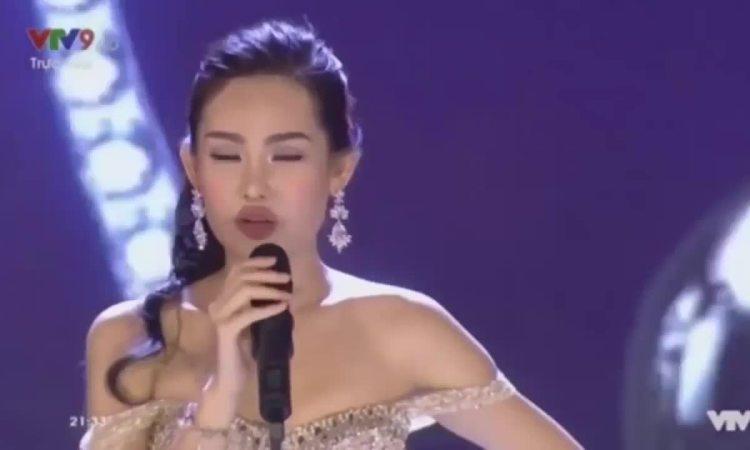 Lê Âu Ngân Anh trả lời ứng xử Hoa hậu Đại dương 2017