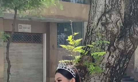 Á hậu Ngọc Thảo đến tòa soạn
