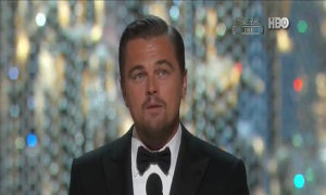 Leonardo DiCaprio nhận giải Oscar 'Nam chính xuất sắc'