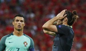 C. Ronaldo lập kỷ lục ghi bàn tại Euro