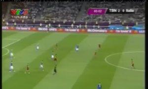 Bàn thắng nâng tỉ số lên 3-0 của Tây Ban Nha