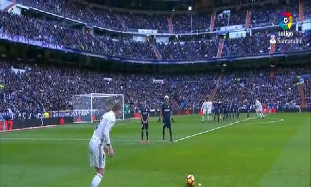 Real Madrid vs Málaga CF (2-1) số 5