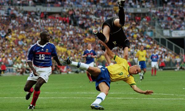 Ronaldo trong trận chung kết World Cup 1998