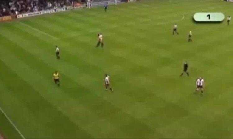 Thierry Henry 1st goal Arsenal vs Southampton 1999
