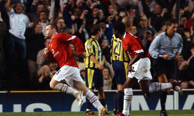 Rooney lập hattrick trong lần đầu đá ở Champions League