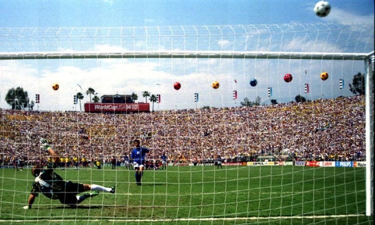 Baggio đá hỏng 11m tại chung kết World Cup 1994