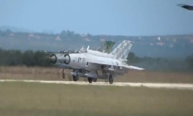 Tiêm kích MiG-21 biểu diễn